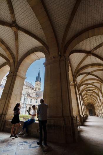 Cloître de l'Abbaye Saint-Remi à Reims
