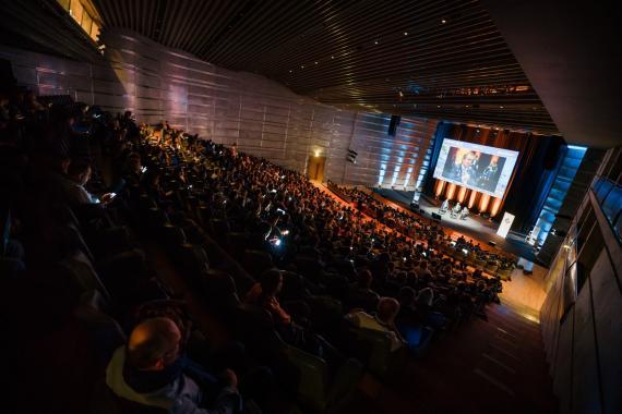 Conférence en amphithéâtre au Centre des Congrès